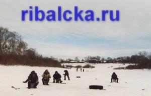 Ловля рыбы зимой, зимняя рыбалка на реке